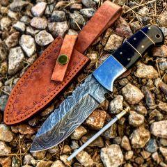 "TheBoneEdge 9"" Horn Handle Damascus Steel Hunting Knife With Leather Sheath"