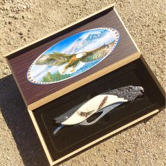 "TheBoneEdge 8.5"" Eagle Pattern Handle Folding Knife With Gift Box"